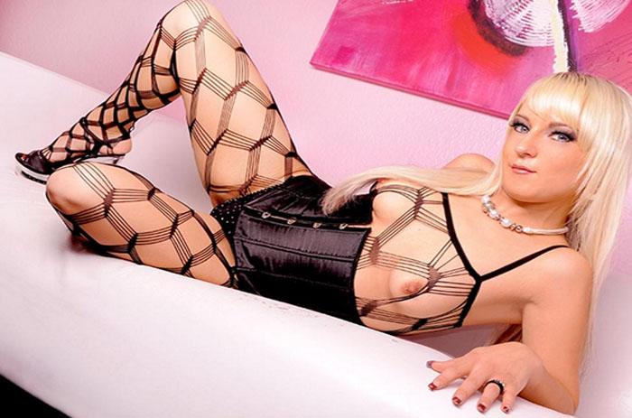 erotischer telefonsex mit blonder nutte mit dicken titten